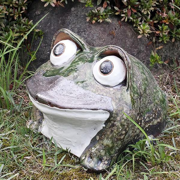 信楽焼 和風 おしゃれ 10号丸目蛙 縁起物 カエル お庭 玄関 陶器 蛙 かえる  幸せ 子宝 健康 ka-0040