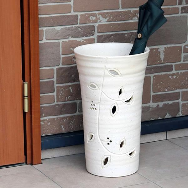 傘立て 陶器傘立て 信楽焼かさたて 和風傘立て 傘入れ 壷 しがらき カサタテ やきもの傘立て かさたて陶器 玄関 インテリア 傘立て陶器 おしゃれ 白色 ホワイト kt-0342