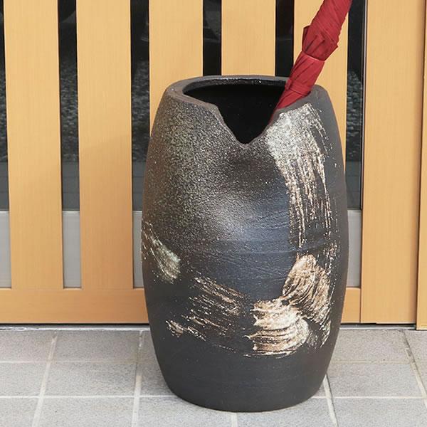 信楽焼 和風 おしゃれ 傘立て 陶器 かさたて 傘入れ アンブレラスタンド 壷 しがらき カサタテ 玄関 インテリア 玄関 花器 花瓶 かさたて はけ目傘立て kt-0058