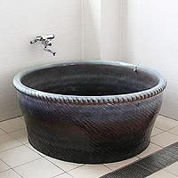 【 5のつく日 】信楽焼 和風 おしゃれ 丸型直径1600 × 高さ600ミリ 浴槽手ひねり成型タイプ 陶器浴槽 陶器風呂 つぼ湯 つぼ風呂 風呂釜 風呂桶 しがらきやき バスタブ 釜風呂 ふろ