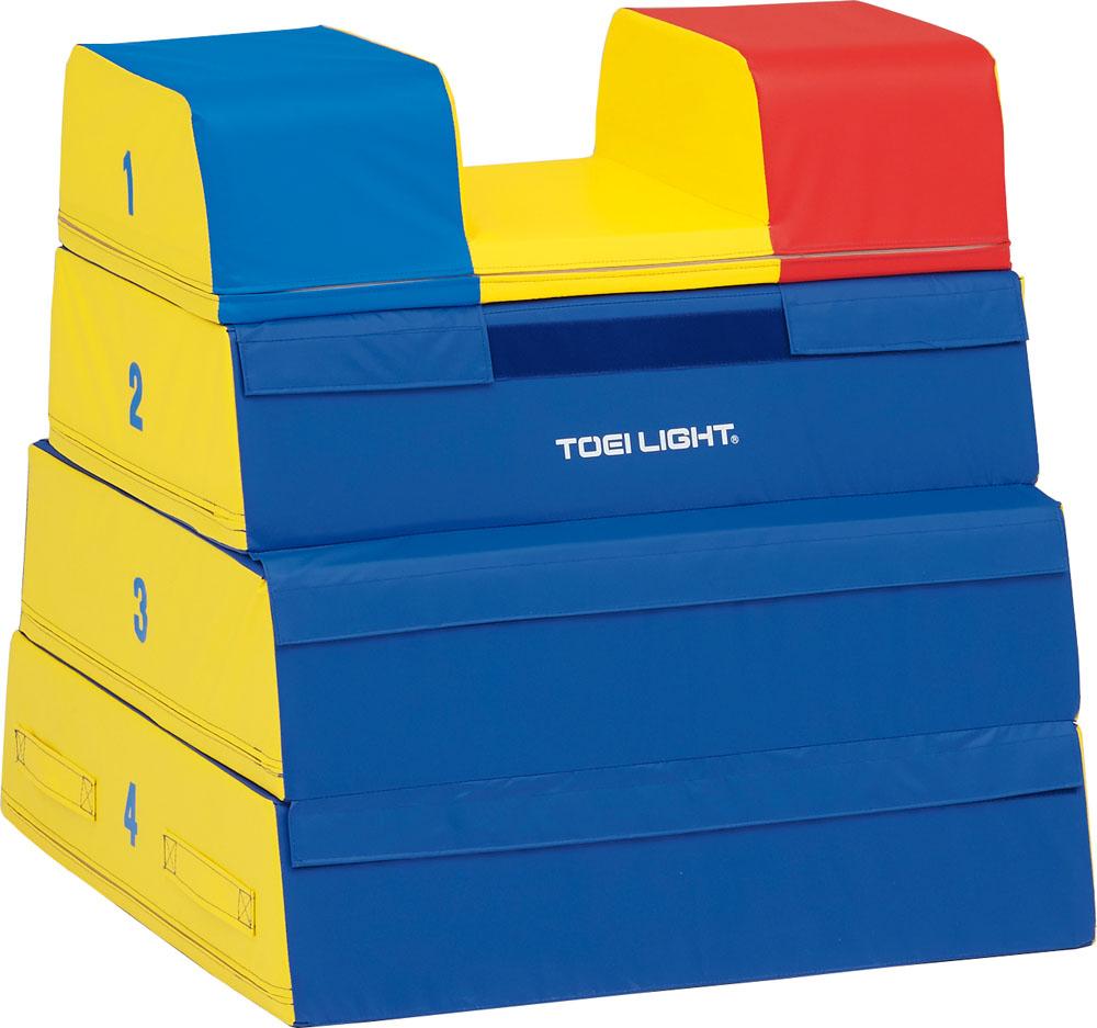 【送料無料】トーエイライト ソフト閉脚跳び箱4段 TOEILIGHT T1838 体育器具、用品 とび箱