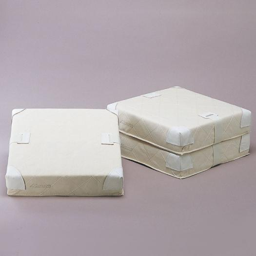 【送料無料】ミズノ 林運動具製作所/軟式用ベース(3枚1組/8cm)<公式規格品> Mizuno 16JAB16000