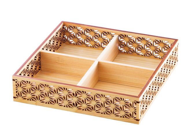 ひのき細密盛器 麻の葉 四ツ切 (W27576) (業務用弁当箱/四ツ仕切 弁当箱)