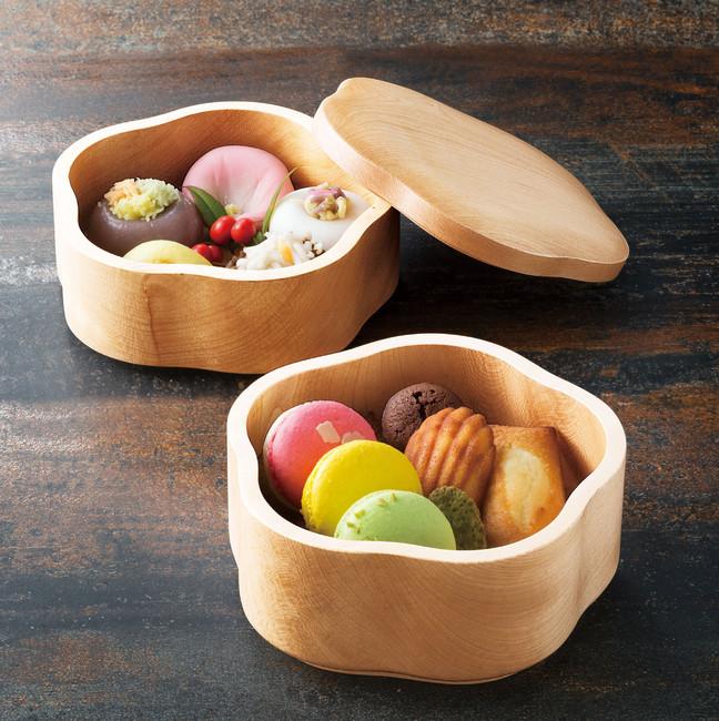 栃・梅型2段料理箱(クリア) (W38021) (料理箱・皿/木製料理皿)