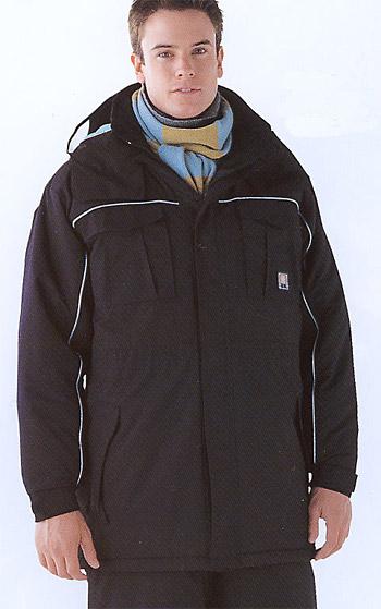 極寒対策のフル装備防寒コート