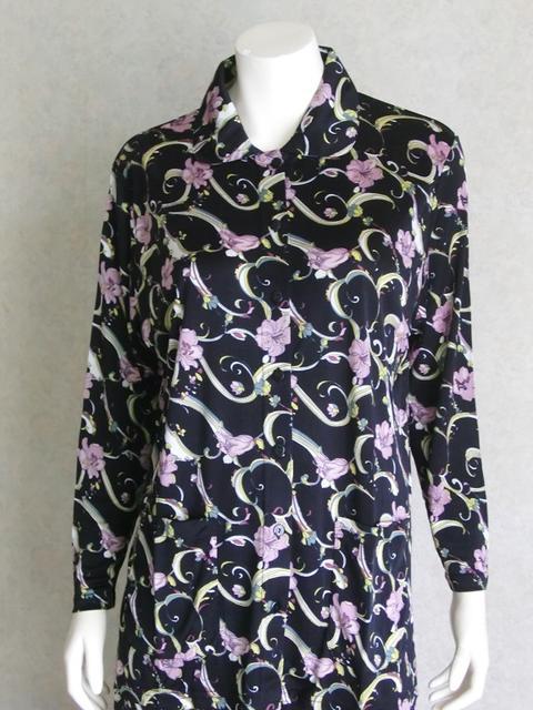 シルクニットパジャマ衿付き前開き【黒地バイオレット花】シルクのしっとりさらさら感がたまらない♪