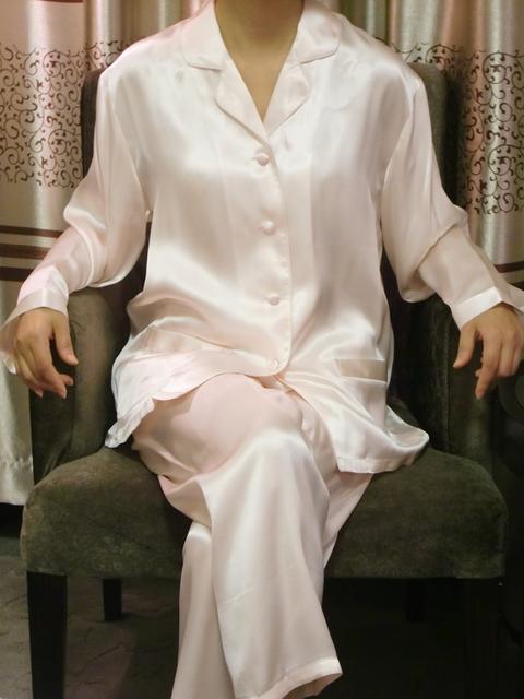【あす楽】【送料無料】シルクパジャマ長袖【ライトピンク】シルク100%パジャマ大きいサイズ XL・XXL・XXXL《ブランド嬌奴》67種色柄S~XXXL取り揃え《ブランド嬌奴》の商品については、製造中止により在庫限りになりました。