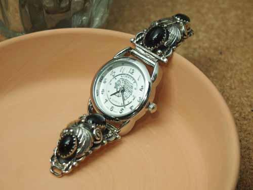 インディアンジュエリー・ナバホ族 オニキス Ladies'ブレスウォッチ(腕時計)