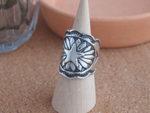 インディアンジュエリー 幅太リング Sunshine・ナバホ族 Sunshine Reeves(サンシャイン 11号・リーブス)星のアップリケ 幅太リング 11号, キングモバイル:4ce7cfc2 --- pixpopuli.com