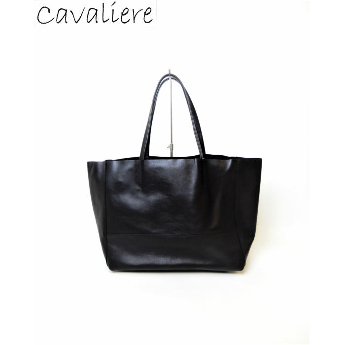 【SALE】Cavaliere(カヴァリエーレ) 一枚革トートバッグ