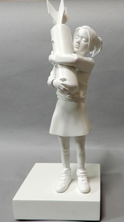 【バンクシーBANKSY】 「BOMB HAGGER」 フィギュア ホビー 人形 現代美術 ポリストーン H33cm  芸術 文化 【・書画肆しみづ】【美術 目利き真贋保障】