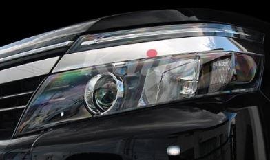 ヴォクシー ZWR80G ZRR80W 85G 85W 85G 80G ヘッドライトトリム 2ピース EX427