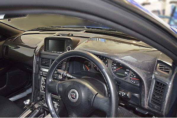 チャージスピード GT-R BNR34 ダッシュボードカバー カーボン製 CHARGESPEED