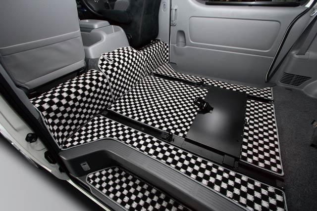ユーアイビークル ハイエース 200系 ワイド フロアマット 格子柄/スライドレール装着車用 リアのみ UI-vehicle ユーアイ