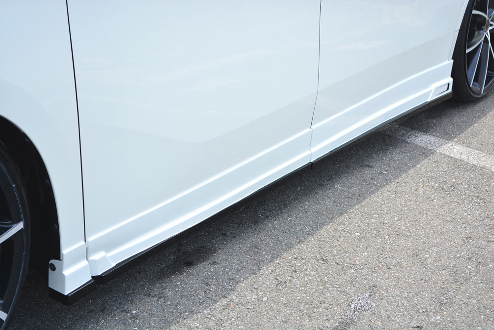 エムズスピード アルファード GGH・AGH・AYH30系 前期 サイドステップ 2色塗り分け塗装済み 3042-2111 グレースライン ゼウス