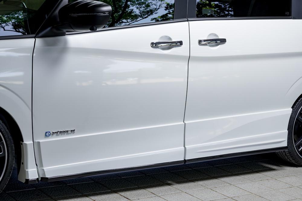 エムズスピード セレナ C27 サイドステップ 塗り分け塗装済み 3153-2111-222 グレースライン ゼウス
