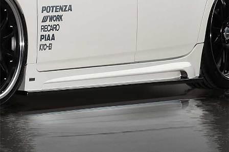 ROWEN ロウェン プリウス ZVW30 前期 サイドステップ RR-GT 塗装済 ECO-SPO Edition1T001J00# トミーカイラ