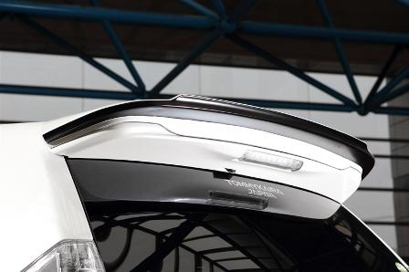 ROWEN ロウェン プリウスα ZVW41 前期 リヤルーフスポイラー RR 未塗装 ECO-SPO Edition1T005W00 トミーカイラ