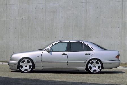 WALD ヴァルド Executive Line メルセデス・ベンツ W210 E class セダン カーボンピラーパネル