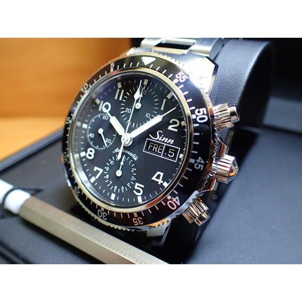 ジン 腕時計 Sinn 103 B.SA.AUTOM103は、優れた視認性、刻時・計時精度を誇るシンプルなダイヤルを備えた実用的なクロノグラフです。