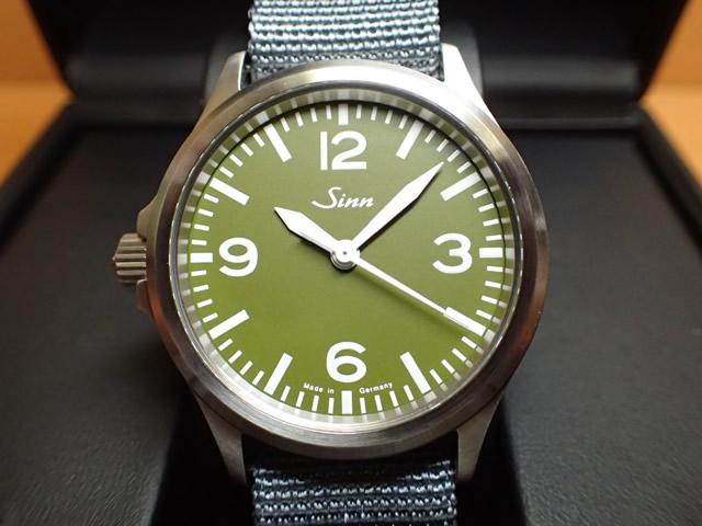 ジン 腕時計 Sinn ジン時計 556.GREEN 日本限定150本しか作られませんでした まぎれもないジン・スタイル優美堂のジン腕時計はメーカー保証つきの正規輸入商品です