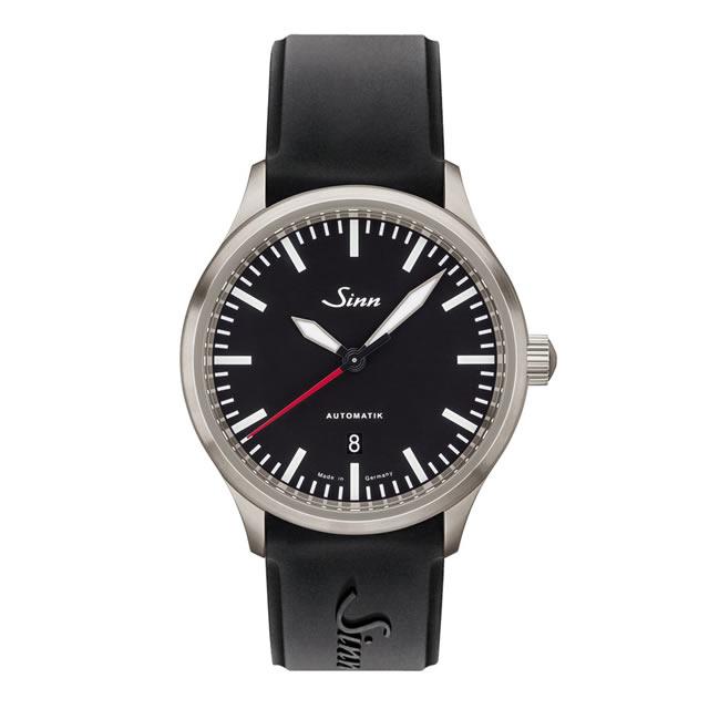 ジン Sinn 836 シリコンストラップ仕様 腕時計 分割払いもOKです 80,000A/mまで耐磁性能を備えた計器ウォッチ