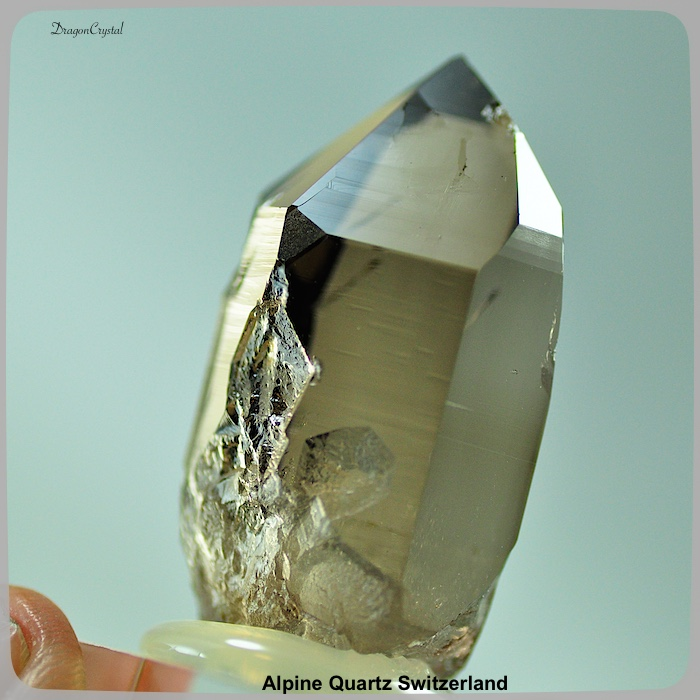 アルプス水晶 スイス産 カンゴームスモーキークォーツ キー