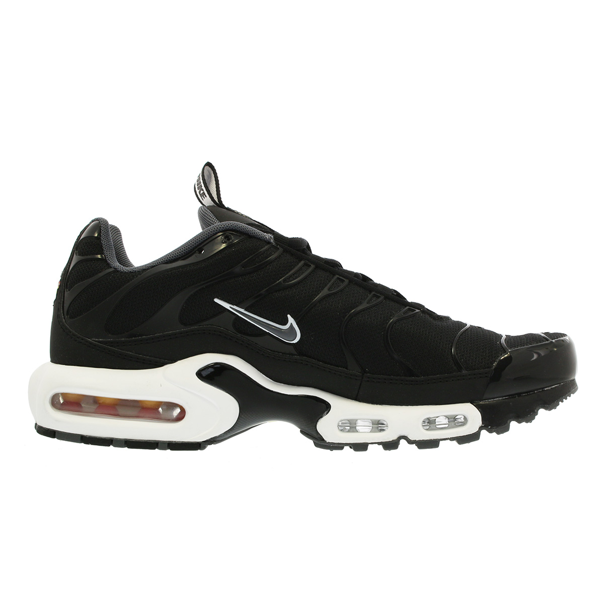 air max plus tn se black and white