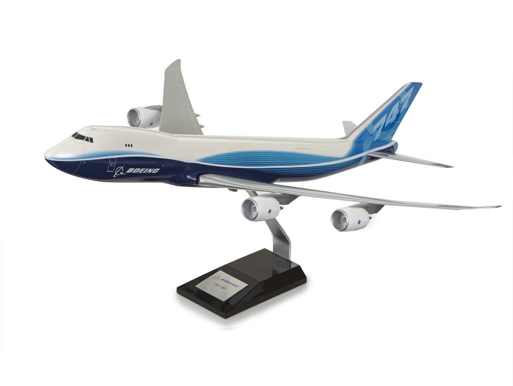Boeing 747-8 Freighter Plastic 1:144 Model ボーイング ダイキャスト