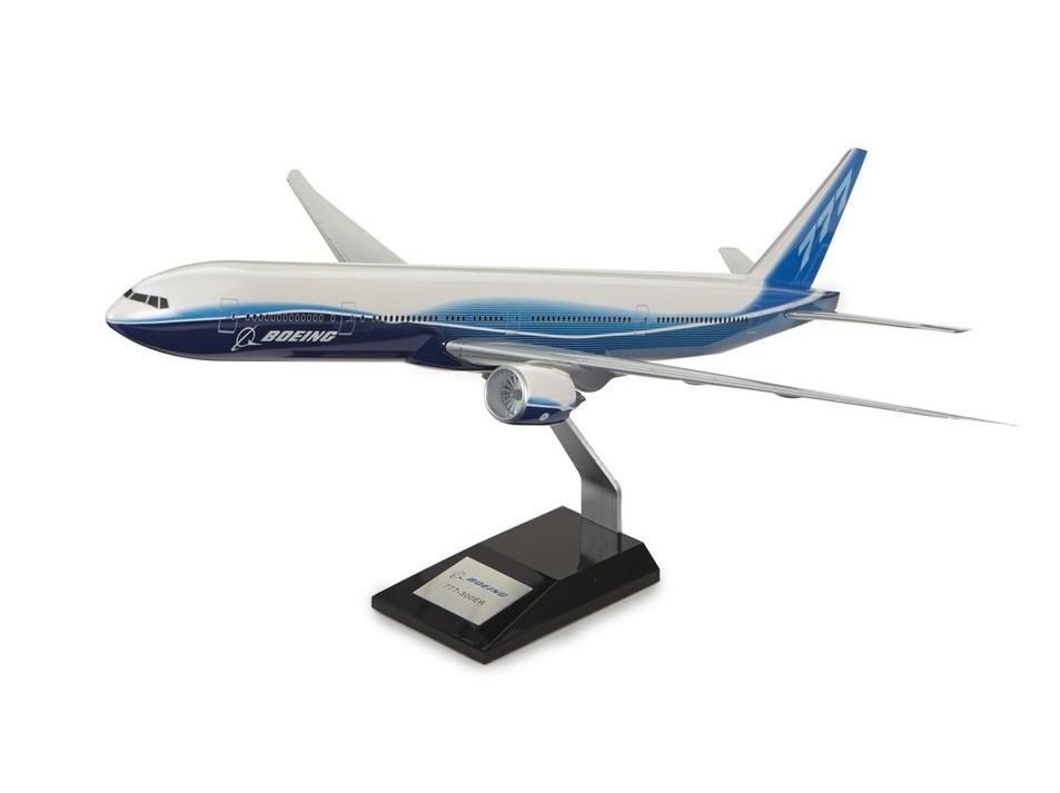 Boeing 777-300ER Plastic 1:144 Model ボーイング ダイキャスト