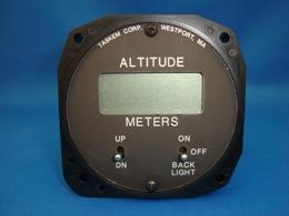 デジタル高度計 (メーター表示)