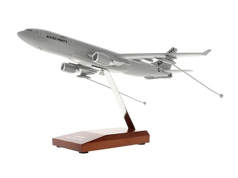 AIRBUS オリジナル商品 飛行機 航空機 模型 スタンド 完成品 Airbus Executive scale model ダイキャスト 1 即納送料無料 エアバス A330 MRTT 返品不可 200 モデル