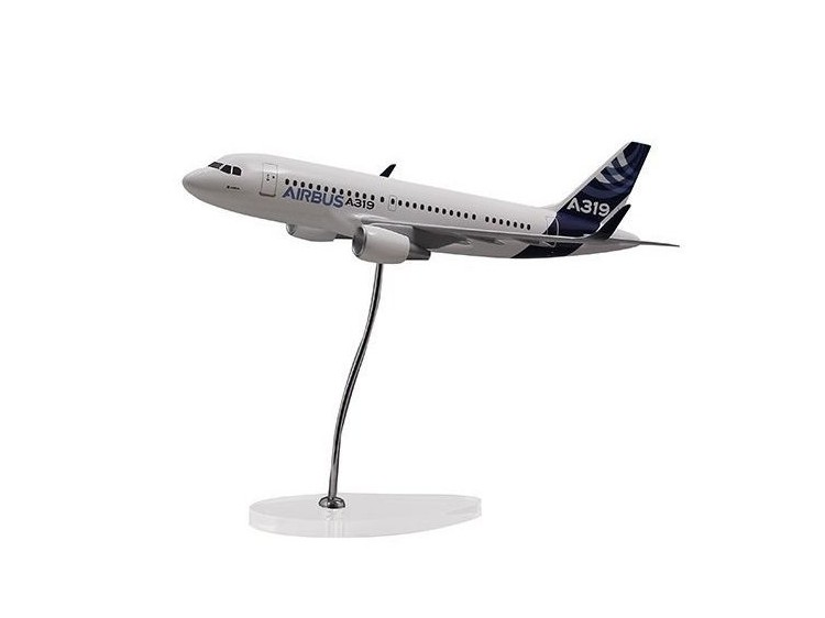 Airbus Executive A319 CFM new sharkle 1/100 scale model エアバス 飛行機 スケール モデル