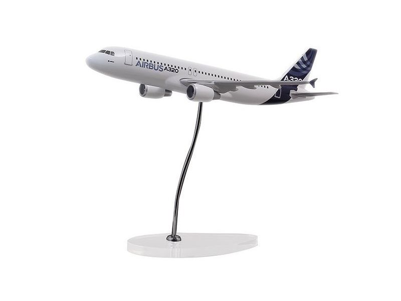 Airbus Executive A320 CFM 1/100 scale model エアバス 飛行機 スケール モデル