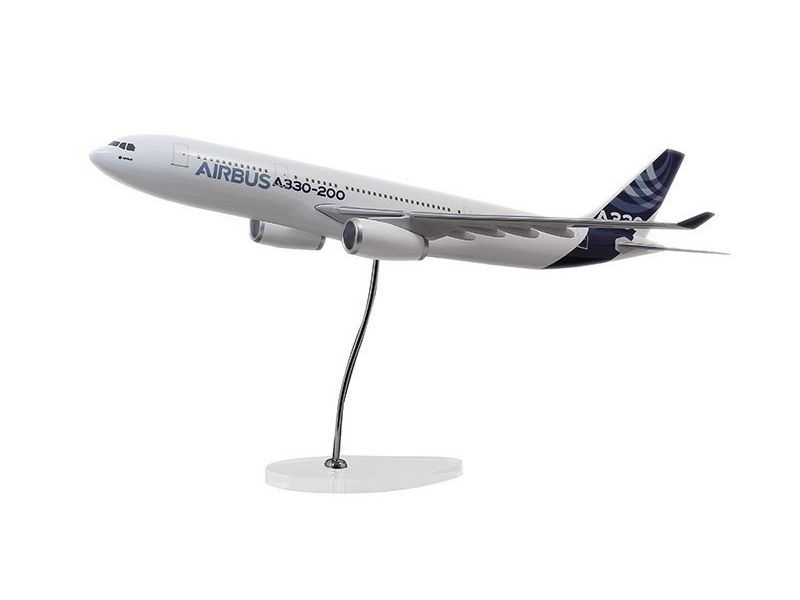Airbus Executive A330-200 RR engine 1/100 scale model エアバス 飛行機 スケール モデル