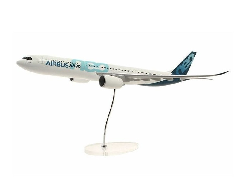 Airbus Executive A330neo 1/100 scale model エアバス 飛行機 スケール モデル
