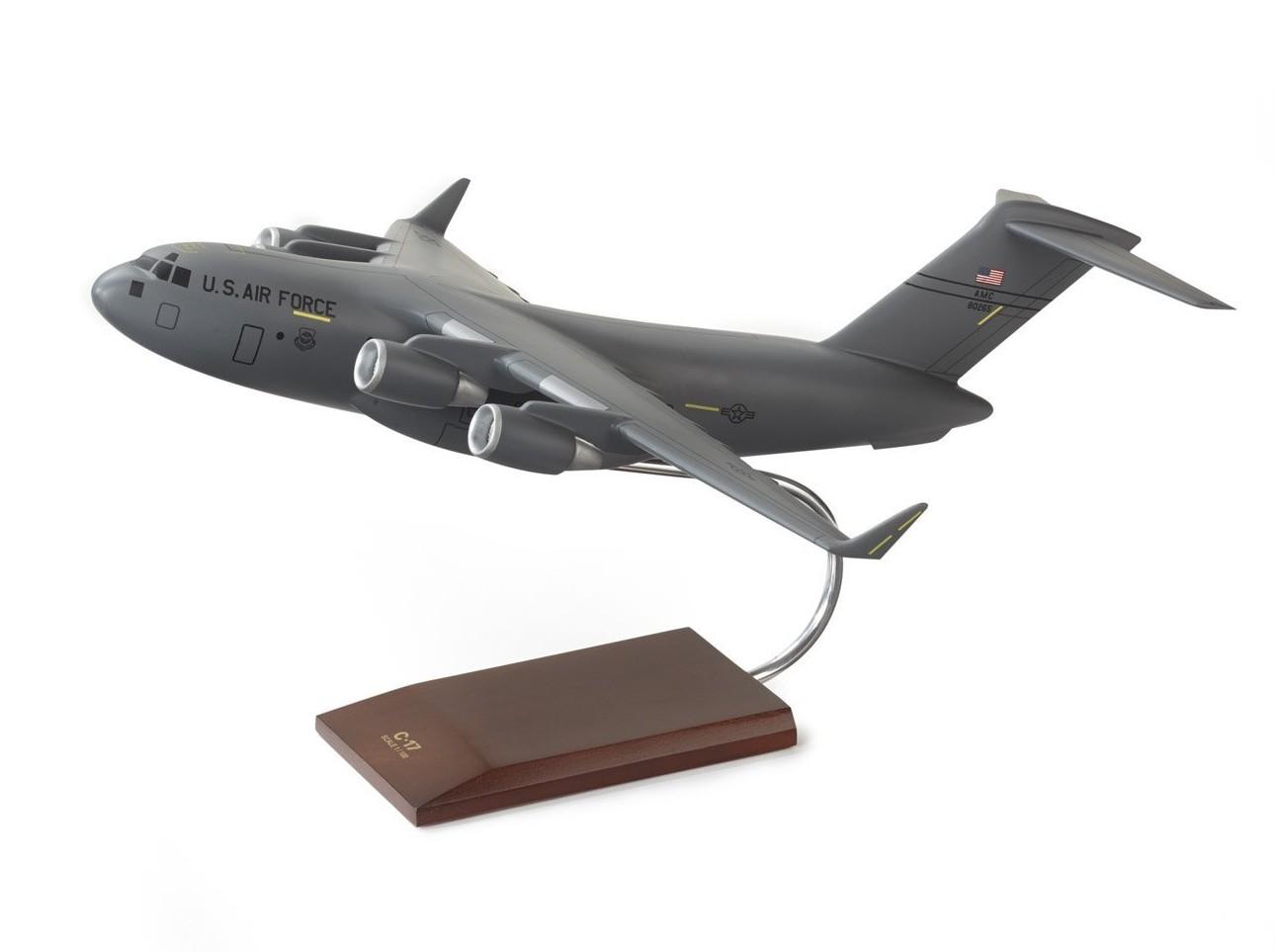 ボーイング C-17 Globemaster III 1:100 Wood Model ダイキャスト