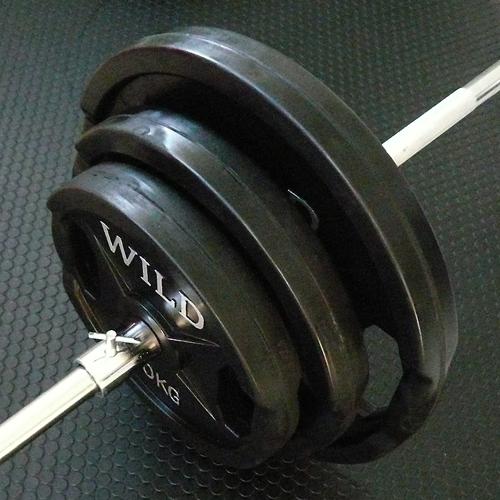 黒ラバーバーベルダンベルセット 30kg[WILD FIT ワイルドフィット] 送料無料 筋トレ ダンベル バーベル ウエイト トレーニング ベンチプレス