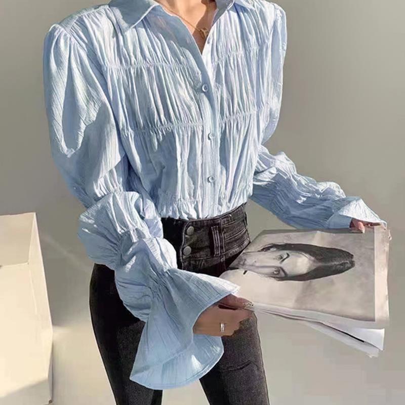 クリンクル加工だからアイロン不要 着るだけでこなれ感満載のシャーリングシャツ ブラウス シャツ ギャザーブラウス フリルシャツ パフスリーブ シャーリングシャツ スーツ 透け感 トップス 長袖 ボリューム袖 可愛い フェミニン 送料無料カード決済可能 モード ギフト 母の日 20代 30代 50代 ママコーデ 夏 大人 レディース 春 フリーサイズ 40代 女性 格安 無地 韓国ファッション 秋