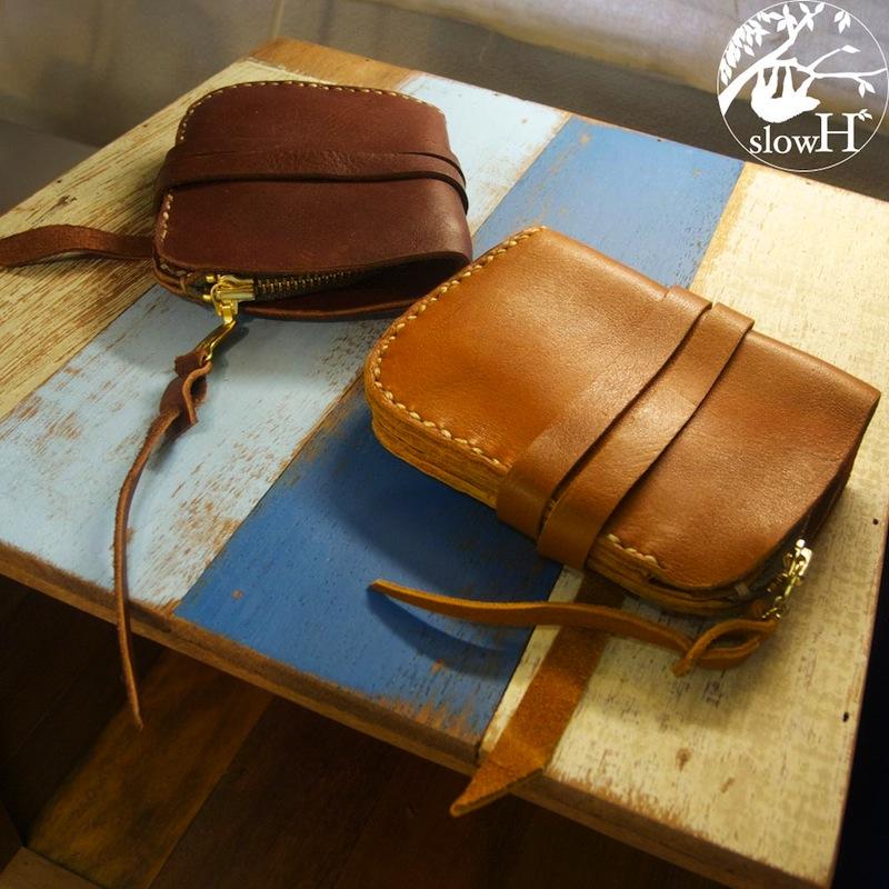 <送料無料>ベルトが可愛い手縫いの本革ハーフウォレット「Imperfect」【折財布、全て手縫いの革製品】