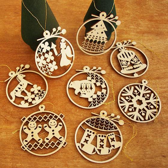 東欧のクリスマス 木製のかわいいクリスマスオーナメント クリスマス オーナメント 木製 北欧 ツリー 低廉 メール便対象品 おしゃれ 木製クリスマスオーナメント ついに再販開始 かわいい 飾り リトアニア製