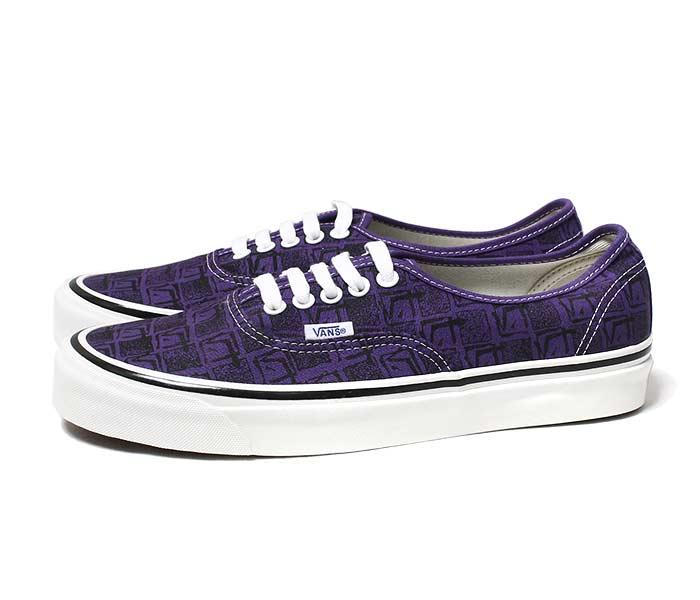 Vans Authentic 44 DX Bright Purple Sneaker