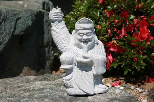 【送料無料】縁起の良い恵比寿さん【石の彫刻品】高さ 約29cm