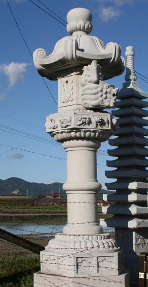 奥の院15尺灯篭