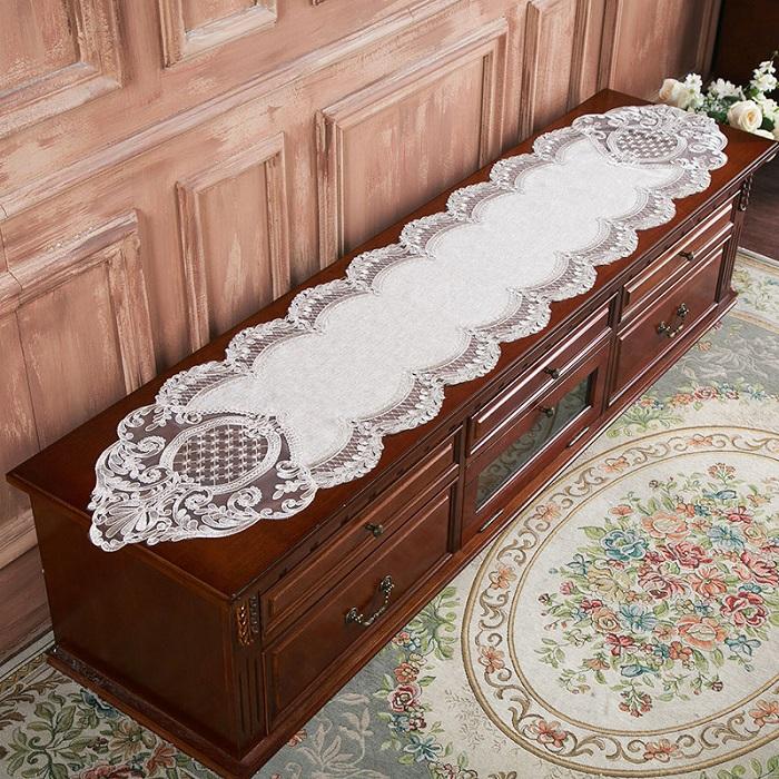 テーブルクロス レース ランチマット テーブルマット ラウンドクロス 食卓 セール品 マット 花 敷物 約40x220cm 無料 かわいい 送料無料 おしゃれ 雑貨食卓 雑貨 水洗い可 北欧
