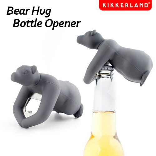 Kikkerland 熊抱开瓶器 / 快土地