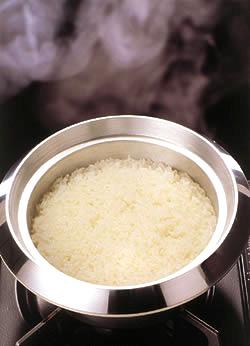 烹饪烤箱锅煮饭为 3 放荡无水锅系列 fs3gm
