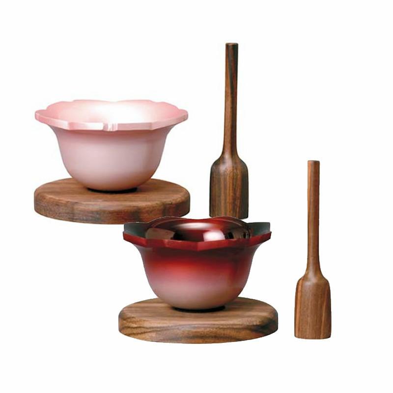 【仏具】花形リンセット。桜と蓮の花びらを象り、木目調とのバランスが秀逸で愛らしいデザインが人気のリンセット