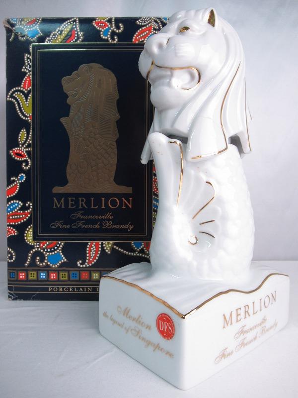 Franceville MERLION Fine French Brandy フランスヴィル マーライオン ファイン フレンチ ブランデー 国産陶器 重量 1609g 700ml 40度 箱付 【中古】(未開封品)