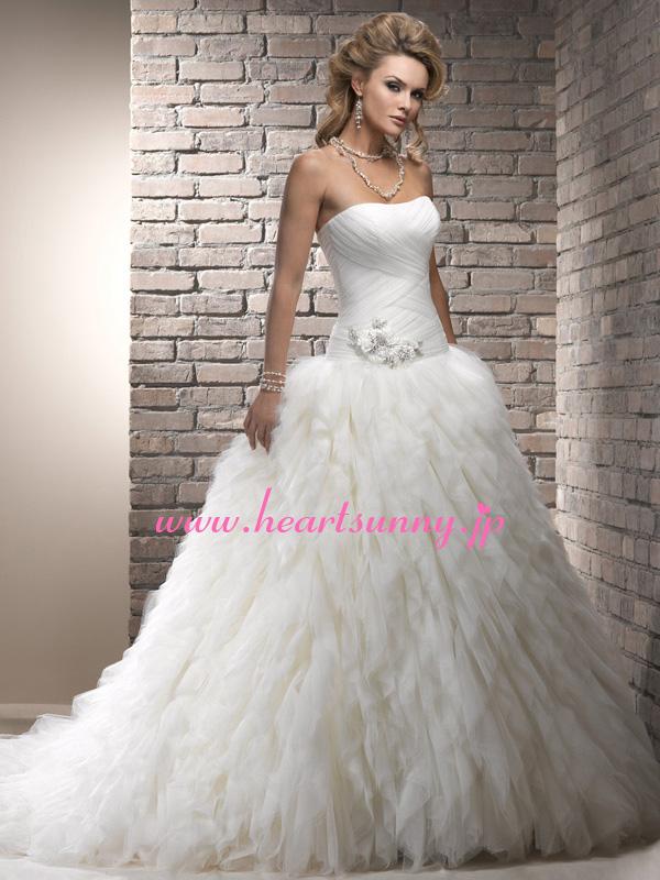 サイズオーダー無料、色とデザイン変更可能、オーダーメイドで自分にピッタリのサイズに!!美しいラインを作り上げます♪ ウェディングドレス プリンセス☆A285☆ボートネックビスチェ ダイヤ飾り花 羽のようなふわふわ 編み上げ トレーン☆HeartSunnyサイズオーダーメイド/結婚式/披露宴/二次会/大きい/小さい/ロングウエディングドレス/パーティードレス/ブライダル/花嫁/格安/激安